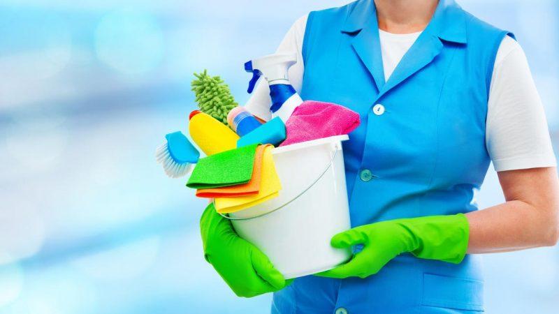Comment recruter et déclarer une femme de ménage ?